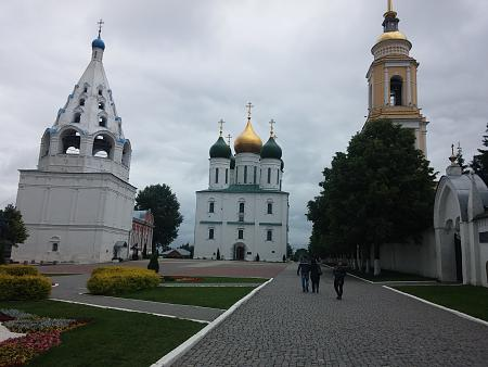 Нажмите на изображение для увеличения Название: Женский монастырь в Коломне.jpg Просмотров: 201 Размер:91.7 Кб ID:886