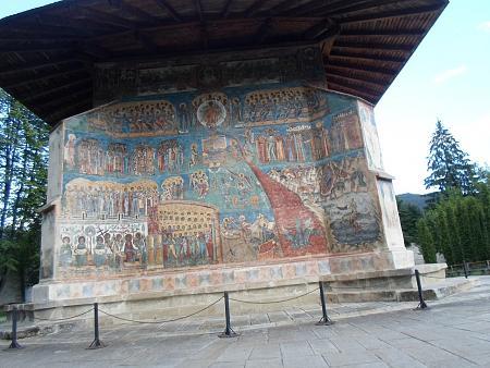 Нажмите на изображение для увеличения Название: Румыния - монастырь 15 века.jpg Просмотров: 62 Размер:95.0 Кб ID:594