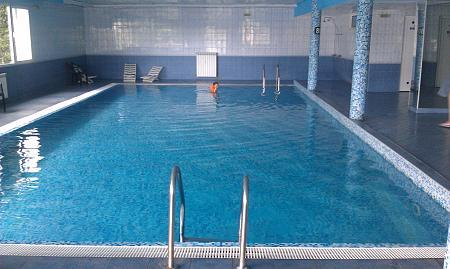 Нажмите на изображение для увеличения Название: Внутренний бассейн отеля Pliska.jpg Просмотров: 47 Размер:97.0 Кб ID:508